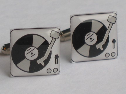 cufflinks by Bellamodatist