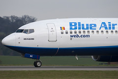 YR-BIC - 33019 - Blue Air - Boeing 737-8BK - Luton - 100404 - Steven Gray - IMG_9555