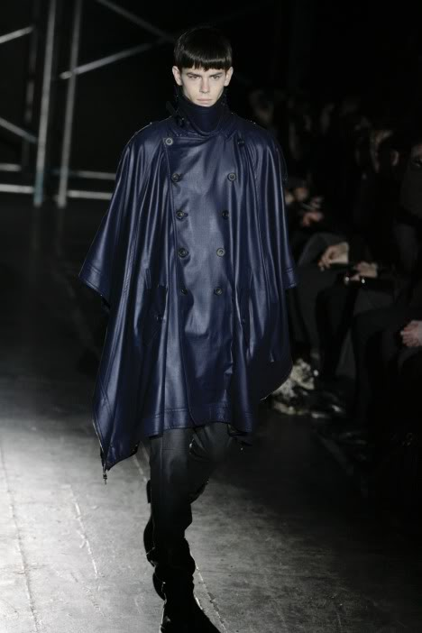 Jeremy Young2031_FW09_Paris_Juun J(lizzylily@mh)