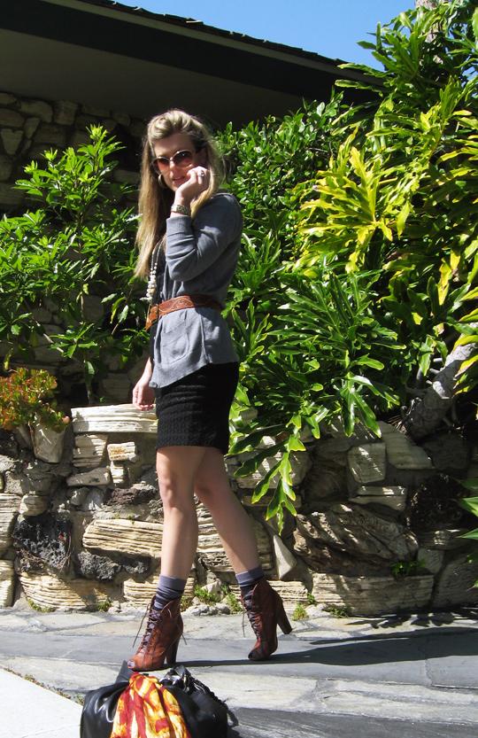 lbd+long cardigan+lace up boots+socks -4