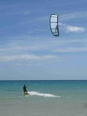 IMG_2790 (miss_verstaendnis) Tags: ocean sea sun kite beach water strand meer wasser sommer fuerteventura kitesurfing atlantic canaries sonne atlanticocean canaryisland fuerte kitesurfen sotavento wassersport sotaventobeach