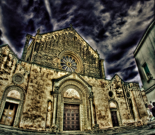 sky church dark photography basilica aprile salento hdr... (Photo: paride de carlo on Flickr)