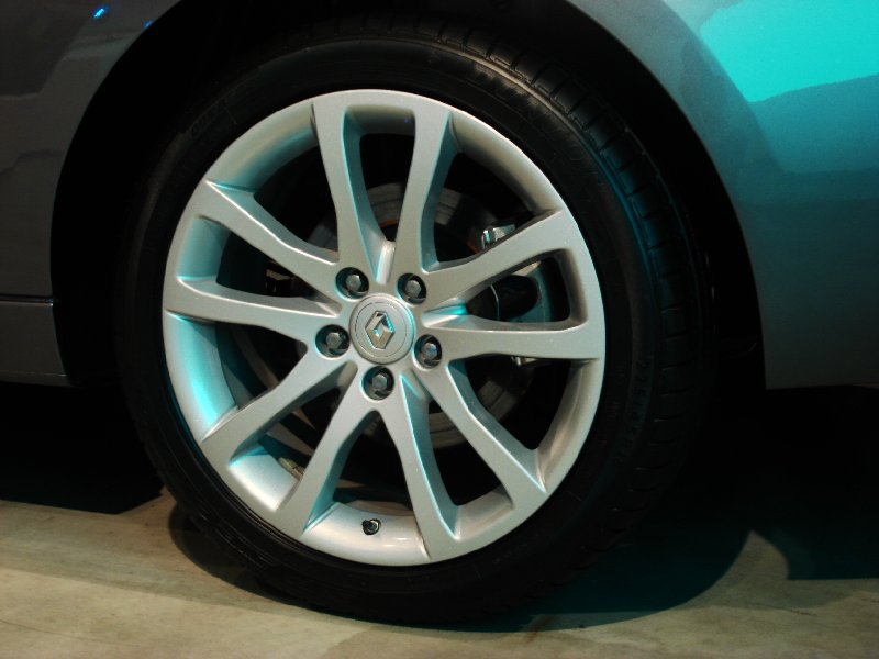 Renault Laguna Coupe - Tires