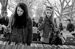 Text or talk (Neal Bingham) Tags: street bw london 35mm fur nikon coat text streetphotography talk books glance neal bookstall bingham envious d90 nealbingham nealbinghamcom