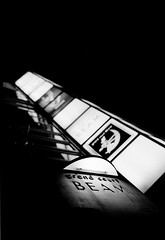 BEAM (bframe5) Tags: film japan zeiss kodak tmax tmax400 ikon mie yokkaichi kodaktmax film:iso=400 film:brand=kodak developer:brand=kodak film:name=kodaktmax400 developer:name=kodaktmax filmdev:recipe=6492