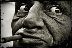Look (chromik) Tags: portrait bw man men face germany nikon gesicht europe foto nrw sw bild mnchengladbach visage viersen bildbearbeitung niederkrchten
