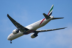 A6-ECY - 35595 - Emirates - Boeing 777-31HER - Prodrive Live Kenilworth Circuit - 100515 - Steven Gray - IMG_1329