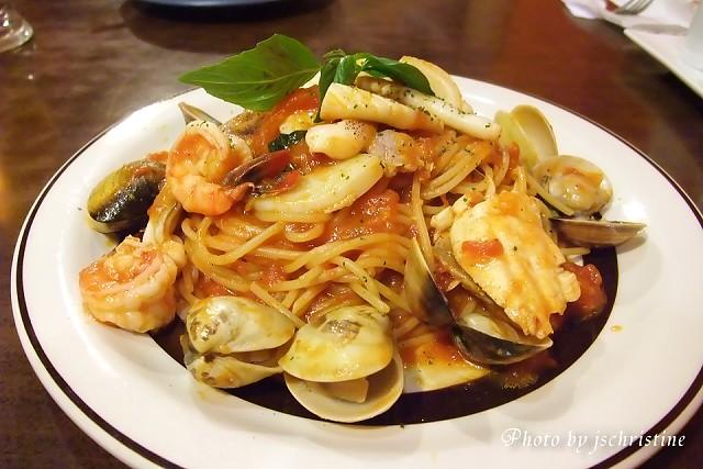 海鮮茄汁義大利麵