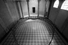 Sinagoga (.:grana:.) Tags: mostra exhibition biancoenero reggioemilia sinagoga canon1022 canoneos7d fotografiaeuropea2010