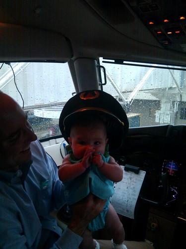Nora Flies a 757