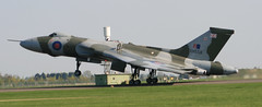 AVRO Vulcan B.Mk2 - XH558 - Takes Off From Coningsby (madktm) Tags: cold canon war aviation military jet vulcan bomber raf avro xh558 ef75300mmf456 eos400d bmk2