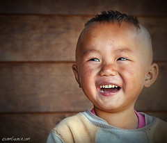 Happiness (iamguava - ) Tags: thailand child thai guava hmong hilltribe maehongsorn     earthasia  iamguava totallythailand