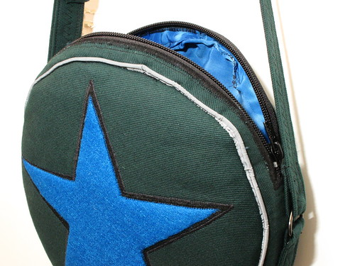 Ramona Flowers subspace purse (open)