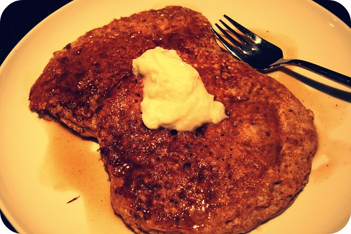 plated oatmeal pancakes