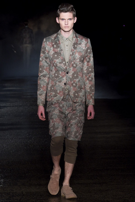 Matteo Haitzmann3034_SS11_Tokyo_Davit MEURSAULT(Fashionsnap)