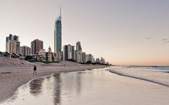 Surfers Paradise (Sarmu) Tags: ocean city sunset sea wallpaper urban building beach skyline architecture skyscraper highresolution downtown cityscape view skyscrapers widescreen australia brisbane 1600 qld queensland highdefinition resolution 1200 cbd hd wallpapers 2009 hdr 1920 vantage surfersparadise vantagepoint ws goldcoast 1080 q1 1050 720p 1080p urbanity 1680 720 2560 sarmu