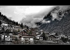 (iPh4n70M) Tags: cloud mountain montagne photography 50mm photo nikon photographer photographie village photograph tc nikkor nuage nuages hdr photographe d90 tcphotography ph4n70m iph4n70m tcphotographie