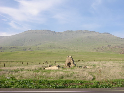San Joaquin Valley foothills