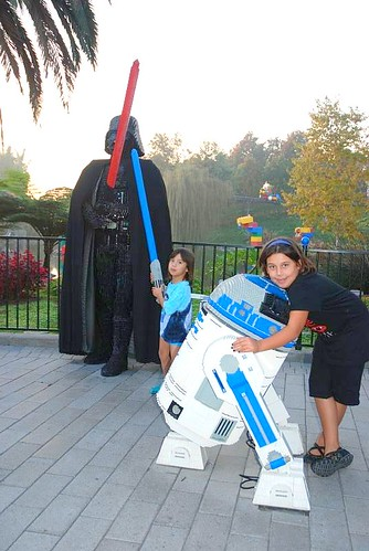 Darth, R2D2 and the girls