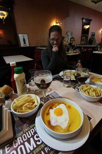 Welch, a heavily cheese lunch in Lille.