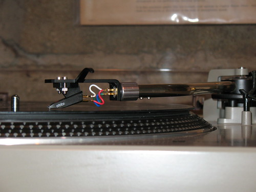 The Hillman Group 56045 N70-213 Neoprene O Ring 1-3//16 x 15//16 x 1//8 12-Pack