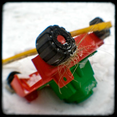 16/365 - No moving of lawn today (Aniara Trast) Tags: winter snow toy sweden gothenburg plastic argus lawnmover seventyfive ttv ttv365