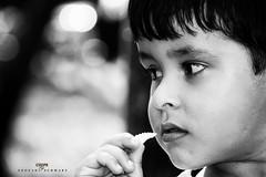 Chips (Gigio Schwarz) Tags: boy portrait bw white black face branco canon ruffles eos rebel child sigma preto chips criança menino 500d 18250 batatinha 18250mm t1i sigma18250mmf3563dcoshsm