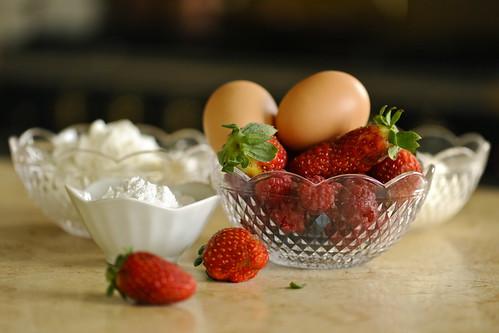 Нежное творожное суфле с ягодами