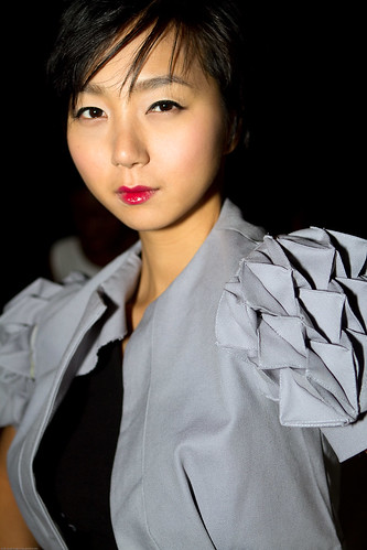 Puff Sleeve Jacket, Diana Eng's Fairytale Fashion Show at Eyebeam NYC / 20100224.7D.03557.P1.L1 / SML (by See-ming Lee 李思明 SML)