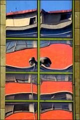 L'urlo (FaP ;-)) Tags: italy art colors florence arte tuscany firenze toscana riflessi novoli reflexes fap palagiustizia farolfi