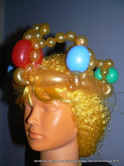 Crown (balloonic) Tags: hat balloons long balloon modelling twisting