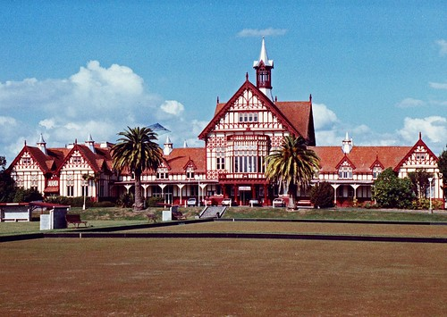 Rotorua, Bathhouse and bowling greens 1991