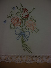 Feliz quinta flores meninas !!!! (soniapatch) Tags: flores embroidery crochet bordado crochê quintaflores diadeamizade