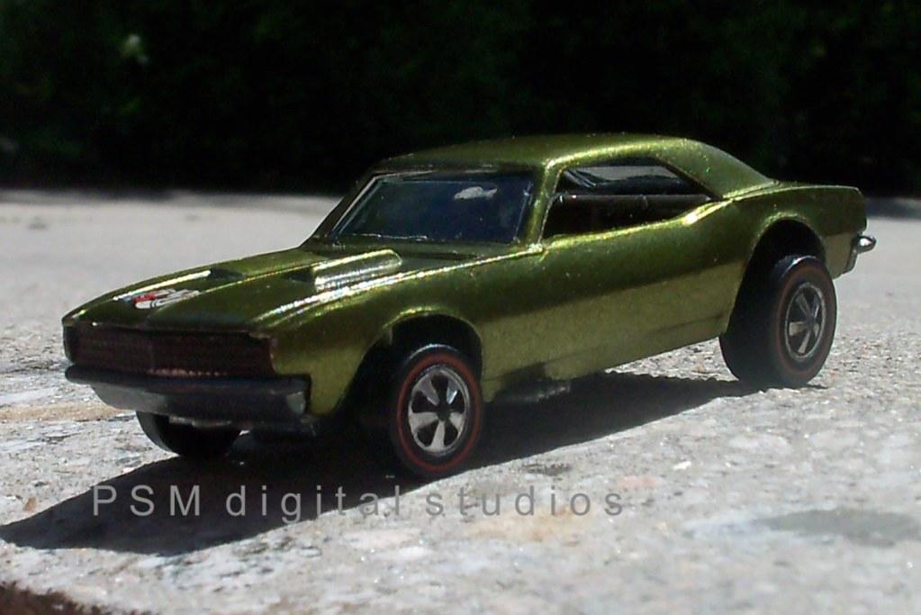 Mattel Hot Wheels 1967 / 1968 Camaro