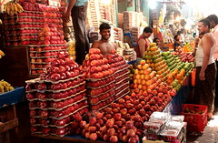 The fruit man (seeveeaar) Tags: people india fruit chennai tamilnadu cwc fruitman chennaiweekendclickers