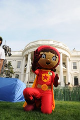 WordGirl at the White House Easter Egg Roll 2010 (PBS PressRoom) Tags: easter washingtondc whitehouse egg pbs eggroll pbskids wordgirl pbskidswheer2010