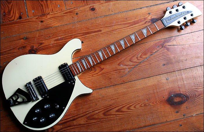 Rickenbacker 620 white