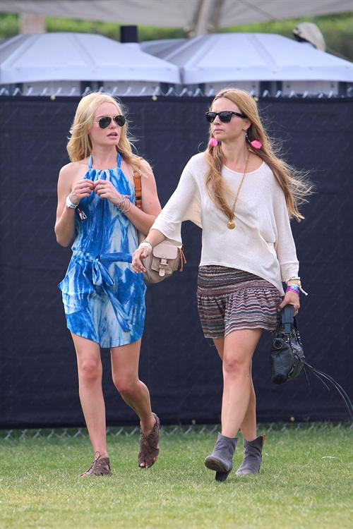 Kate_Bosworth_enjoying_f7e9