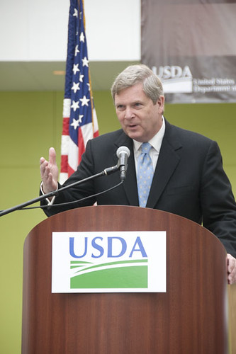 Agriculture Secretary Tom Vilsack addresses the large crowd gathered for the dedication ceremony in Ames, Iowa.