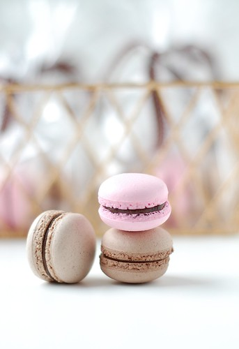 A Baby Shower - macaron favours