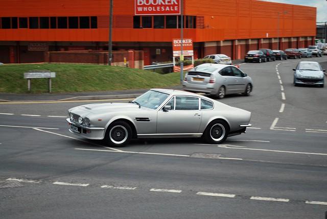 aston martin v8 vantage 1986 1987 1988 1989 james bond 007 classic amazing sound saint tropez hereford england nikon d60 car spotting
