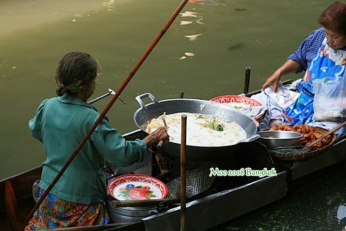 Dammnoen Saduak Floating Market-2