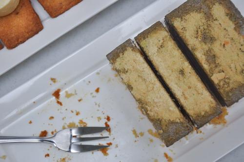 honey  fuji apple and black sesame moussecake 2
