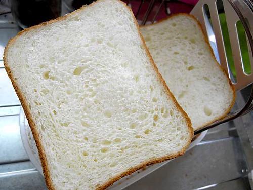 昨日作った食パン