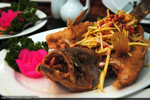 Bumbu Restaurant - Mango Fried Fish
