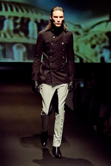 Mark Bland3019_FW10_JFW_GalaabenD(Fashionsnap)