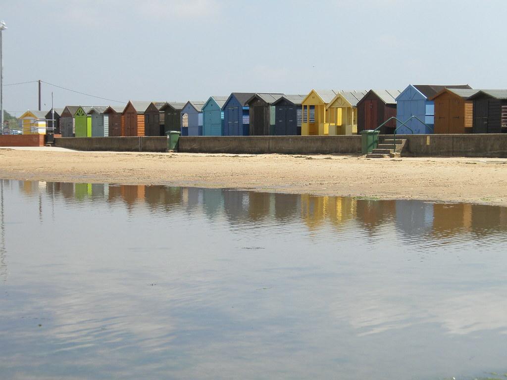 Copyright nearestbeach.co.uk © 2014 - Beach Directory