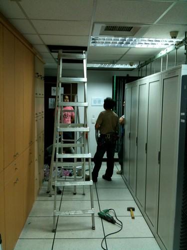 17樓機房EMT管佈建