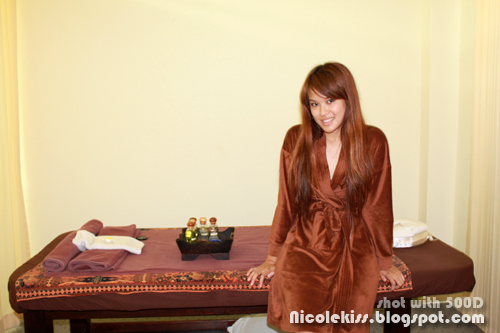 nicolekiss going for massage