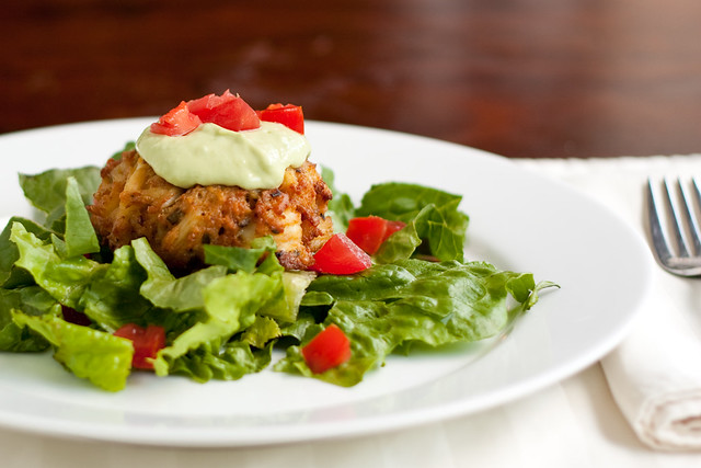 Crab Cakes with Spicy Avocado Sauce